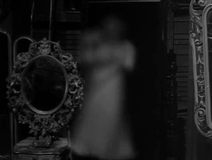 The Hungry Glass Essay On Boris Karloff S Thriller Oh