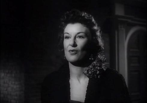 Patricia Jessel as Elizabeth Selwyn
