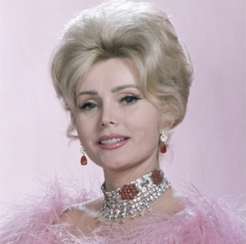 Zsa in pink