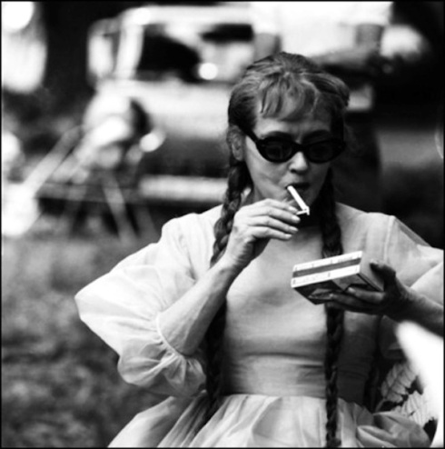 bette smoking on the set Hush