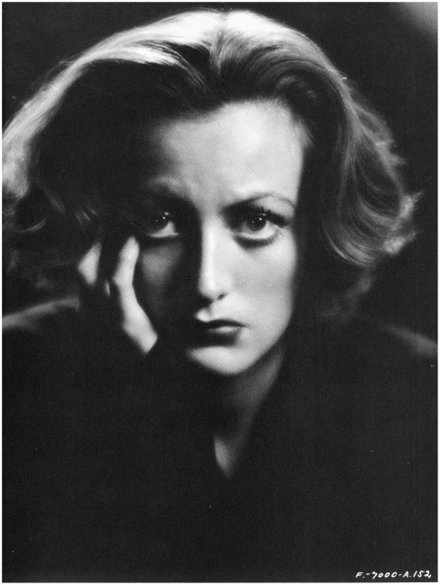 joan-crawford no eyebrows yet