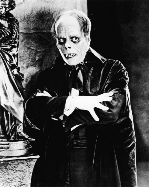 lon-chaney-as-the-phantom