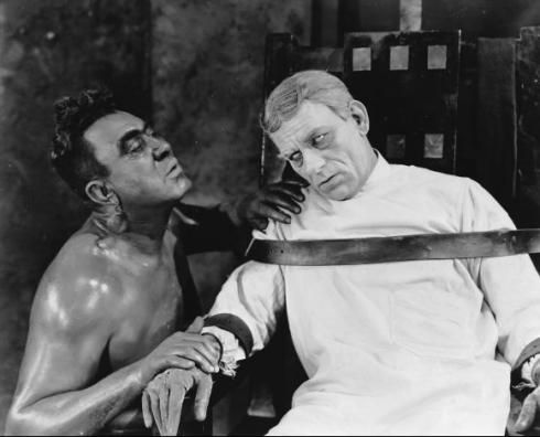 Lon Chaney in The Monster