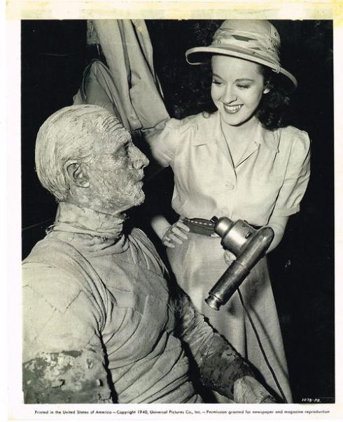 Peggy Moran promo shot The Mummy's Hand