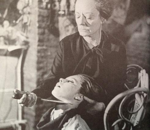 Mrs Trafoil Tallulah Die Die My Darling