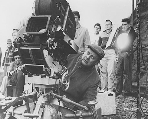 Robert Wise behind the camera