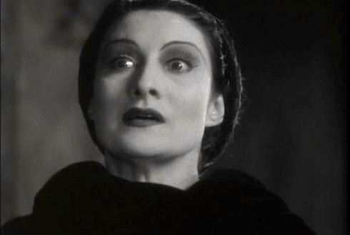 Gloria Holden as Dracula's Daughter