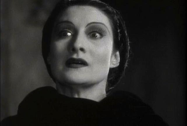 Gloria Holden as Dracula's Daughter
