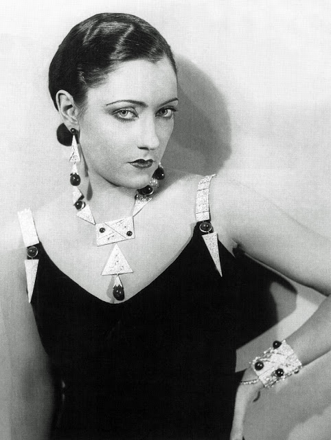 Gloria Swanson beautiful