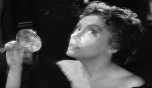 Gloria:Norma climax mirror