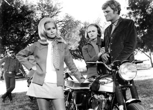 1968-Diane-McBain-The-Mini-Skirt-Mob