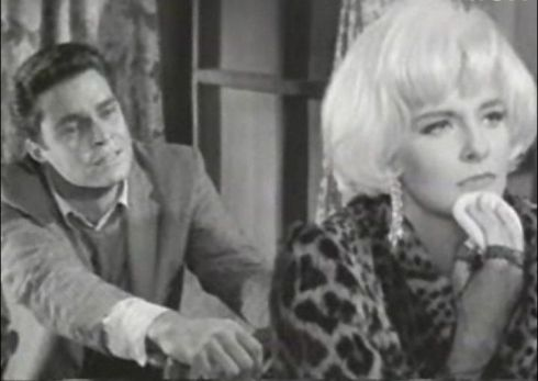 Richard_Beymer_and_Joanne_Woodward_in_The_Stripper