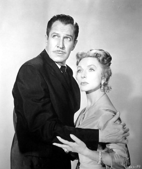 032-agnes-moorehead-theredlist-Vincent Price and Agnes Moorehead in The Bat directed by Crane Wilbur, 1959