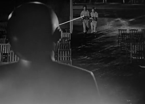 Day the Earth Stood Still GORT blasts two soldiers