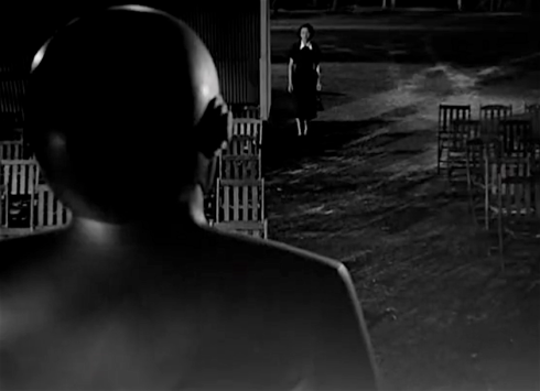 day the earth stood still patricia neal encounters GORT