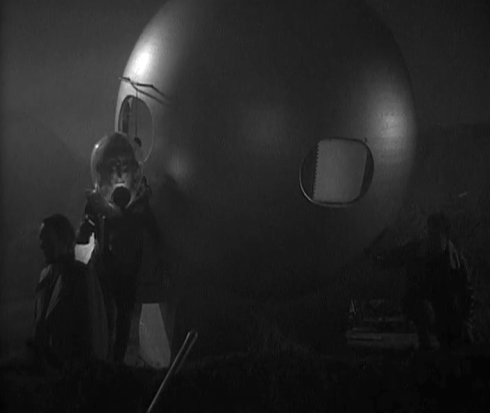 the man from planet x diving bell