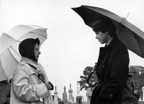 harold-and-maude-bw-funeral-shot